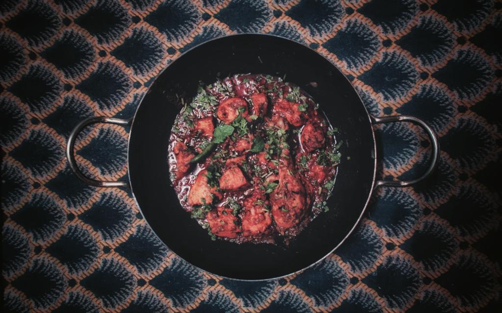makkelijke tapas recepten, spaanse gehaktballetjes in tomatensaus
